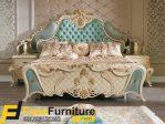 Desain Tempat Tidur Klasik Murah