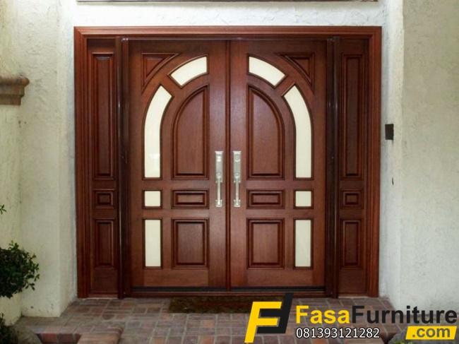 Pintu Rumah Model Kupu Tarung Klasik
