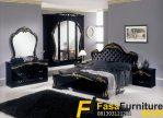 Tempat Tidur Mewah Warna Hitam Klasik