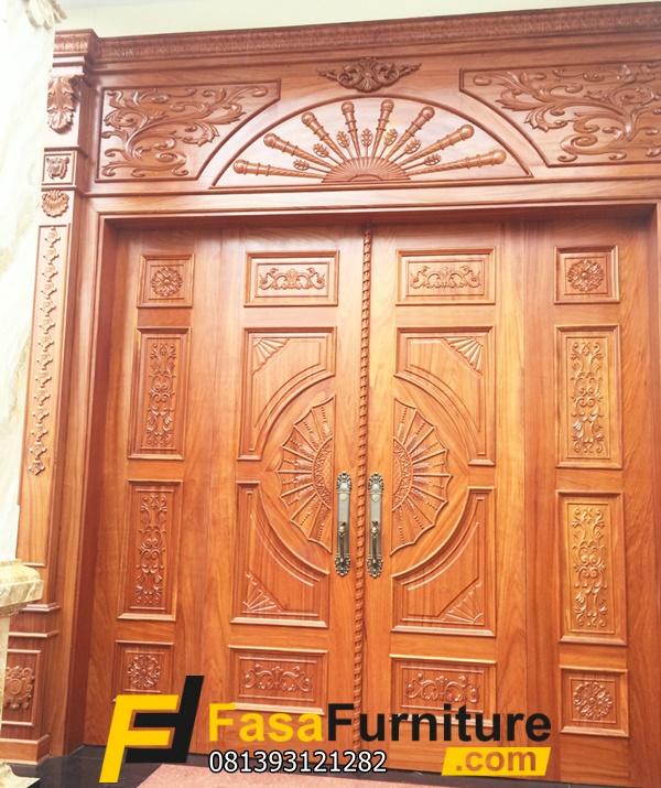 Desain Kusen Pintu Depan Model Ukiran Mewah