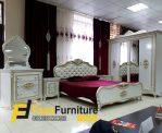 Set Tempat Tidur Mewah Royal Klasik Jepara