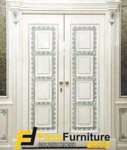 Pintu Utama Klasik Kupu Tarung Mewah